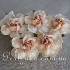 Троянда 4,5см кремово пудрова